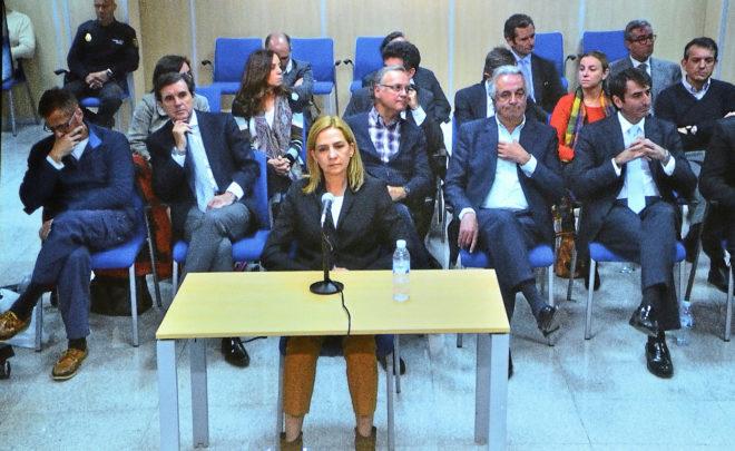 La Infanta Cristina durante su declaración por el juicio de Nóos en...