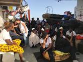 Los inmigrantes a bordo del 'Aquarius'.