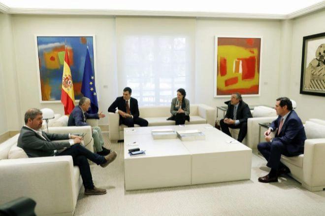 Pedro Sánchez recibe en La Moncloa a los presidentes de las patronales y sindicatos