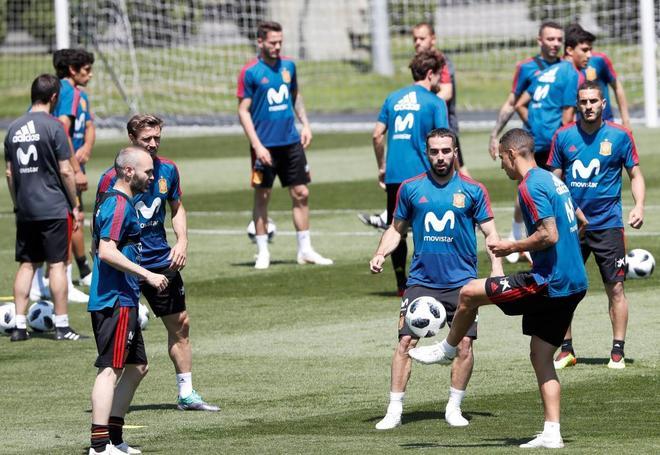 La selección española, en un entrenamiento en Krasnodar (Rusia).