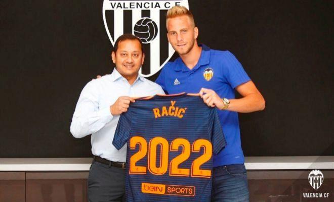El Valencia ficha al joven centrocampista serbio Uros Racic