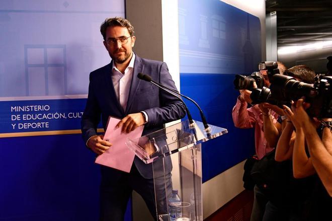 Màxim Huerta, tras anunciar su dimisión como ministro de Cultura.