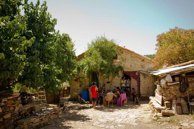 Una de las casas rehabilitadas de Fraguas.