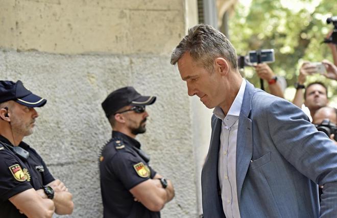 Iñaki Urdangarin acude el miércoles a la Audiencia de Palma para recoger su orden de ingreso en prisión.