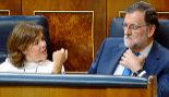 Soraya Sáenz de Santamaría en su escaño entre Mariano Rajoy y José...