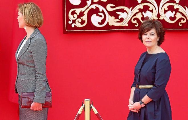 La secretaria general del PP, María Dolores de Cospedal, y la ex...