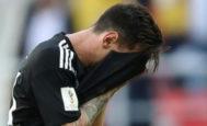 Messi se lamenta de una ocasión, en el estadio Spartak de Moscú.