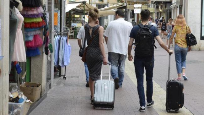 Ángela, la falsa anfitriona colaborativa que ofrece 750 pisos para turistas en Mallorca