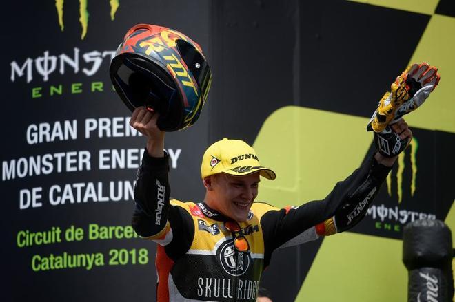 Gabriel Rodrigo, este domingo, en el podio de Montmeló.