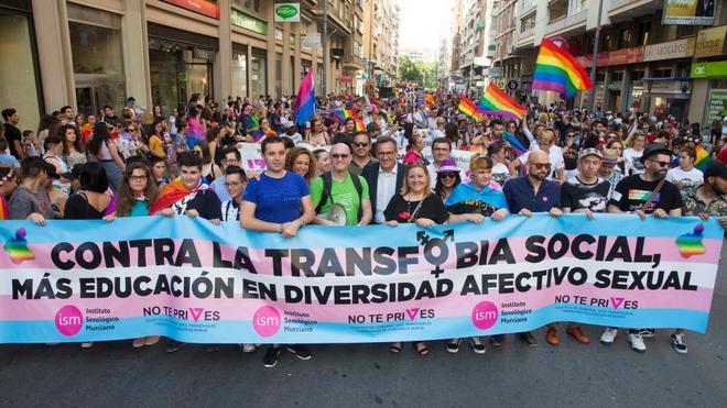Manifestación celebrada este sábado en Murcia contra la transfobia...