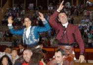 Andy Cartagena y Lea Vicens, a hombros