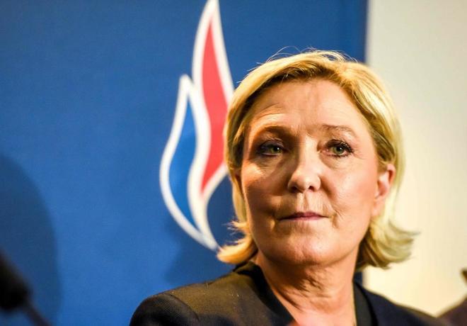 La Justicia europea sentencia a Le Pen: tendrá que devolver 300.000 euros