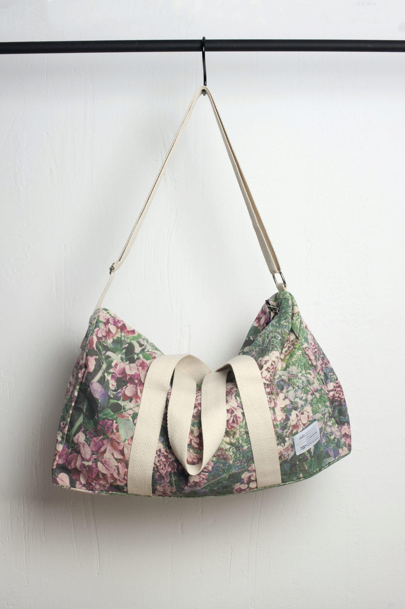 La bolsa Dalmatia de la marca Zubi es amplia y cómoda para meter todo...