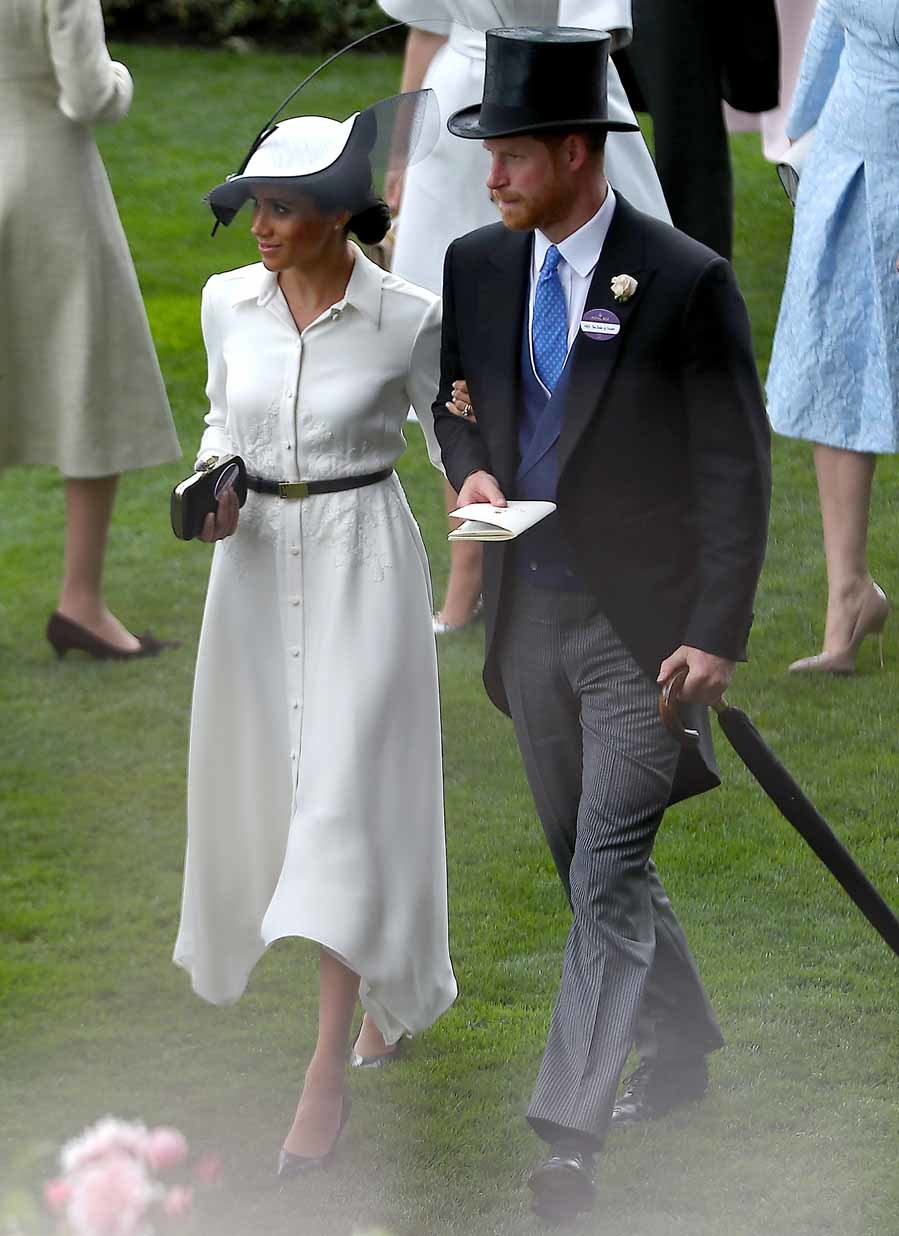 La duquesa de Sussex ha debutado en Ascot con un look impecable, un...