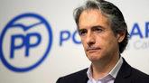 El ex ministro de Fomento Íñigo de la Serna, en rueda de prensa en...