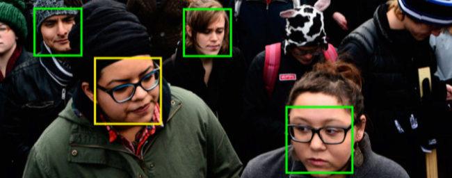 Amazon vende a Trump tecnología de reconocimiento facial para deportar inmigrantes ilegales