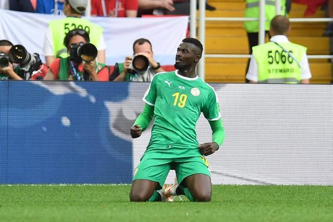 Senegal busca ante Japón el pase a los octavos.Niang, su