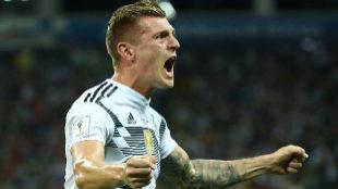 Kroos salva a Alemania con un golazo en el 95
