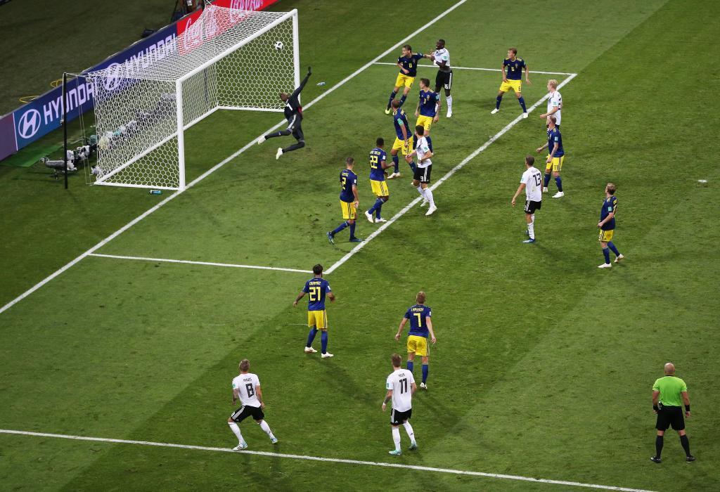 Resultado de imagen para alemania-suecia 2-1