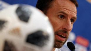 La pelota de Inglaterra tiene acné