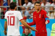Cristiano Ronaldo, tras ver la tarjeta amarilla en el partido ante Irán.