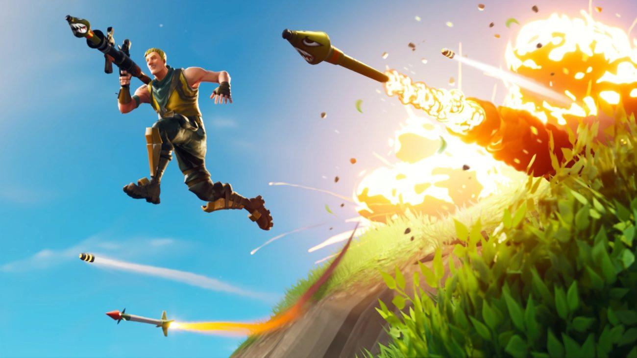 Fortnite es un videojuego de disparos multijugador y online, lo que...