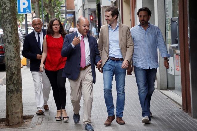 Pablo Casado, a su llegada a una reunión con afiliados del PP de Zamora.