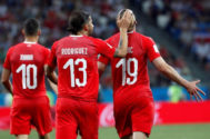 Drmic celebra el segundo gol de Suiza frente a Costa Rica.