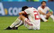 Sardan Azmoun se lamenta tras el partido ante Portugal donde quedó eliminada Irán.
