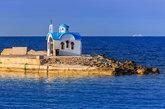 La cuna de Zeus está cuajada de grandes playas y deliciosas calas, de...