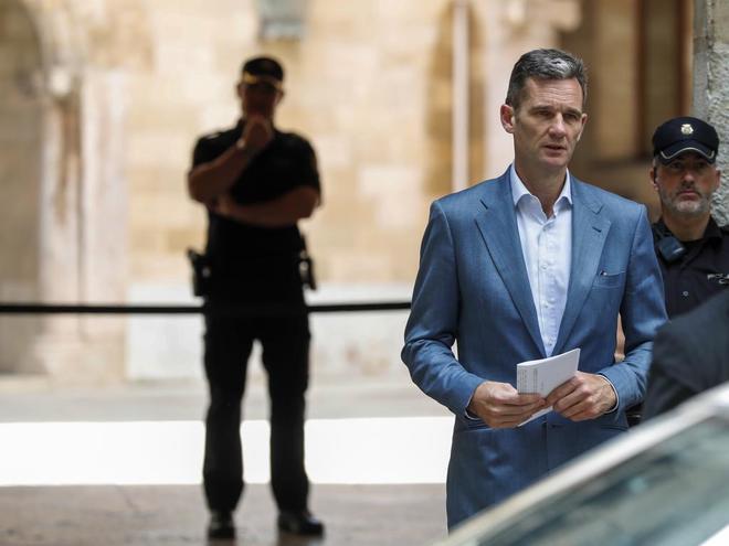 La Infanta Cristina visitó por primera vez el domingo a Urdangarin en prisión