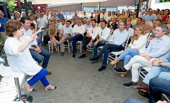 Soraya Sáenz de Santamaría, ayer, en el acto de Alicante.