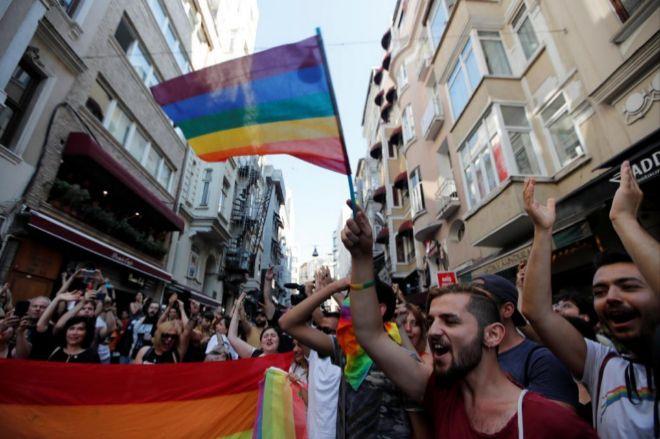 Marcha del orgullo gay en Estambul, Turquía.