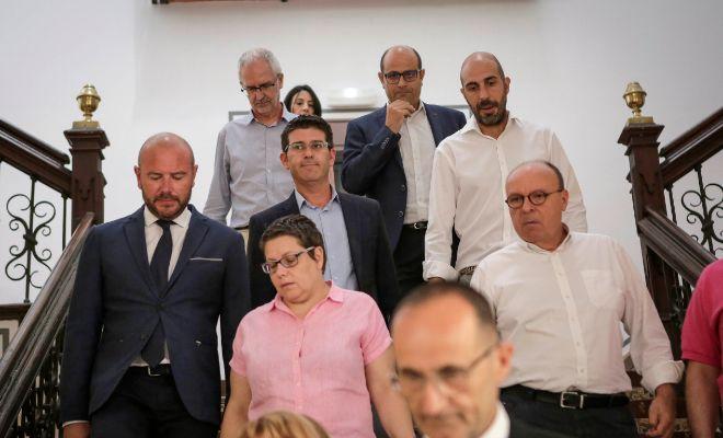 Jorge Rodríguez con algunos de los diputados provinciales del PSPV.