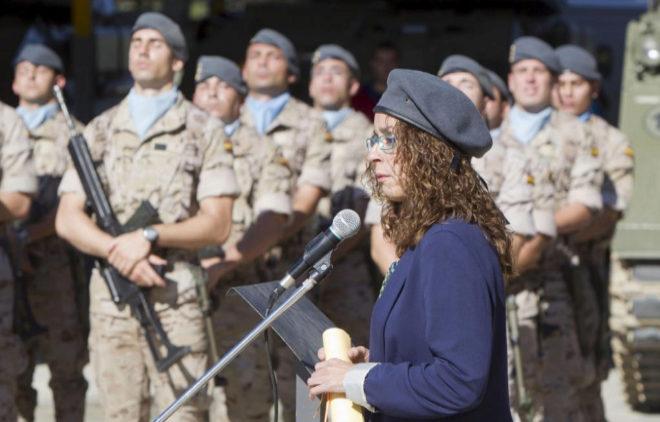 La reportera Mònica Bernabé, en un homenaje del Ejército.