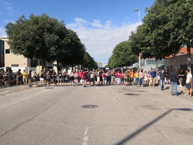 Altercados en la subasta de pisos de herencias en manos de for Subastas pisos barcelona
