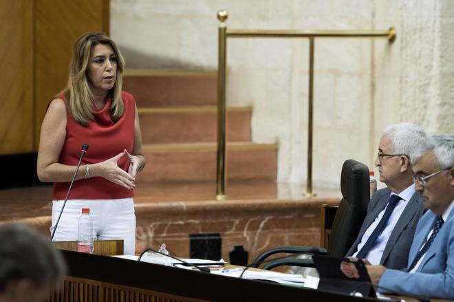 Susana Díaz, durante el debate en el Parlamento andaluz este jueves.