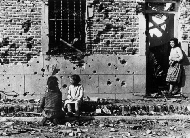 La foto de Robert Capa que se convirtió en icono de las consecuencias de la Guerra Civil sobre la población civil española.