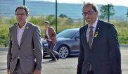 El presidente de la Generalitat, Quim Torra, y el jefe de prisiones de...
