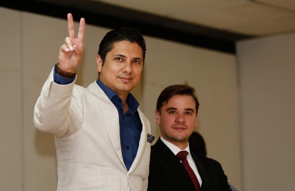 El opositor ecuatoriano, Fernando Balda, asiste a la audiencia de revisión de las medidas cautelares a Correa.