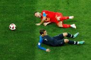 Eden Hazard y Antoine Griezmann, durante la semifinal Francia-Bélgica.