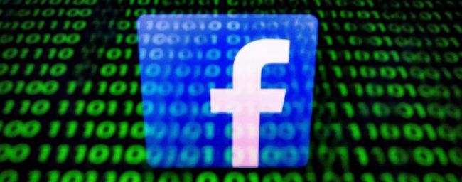 Reino Unido multa a Facebook con una cifra ridícula por el escándalo de Cambrdige Analytica