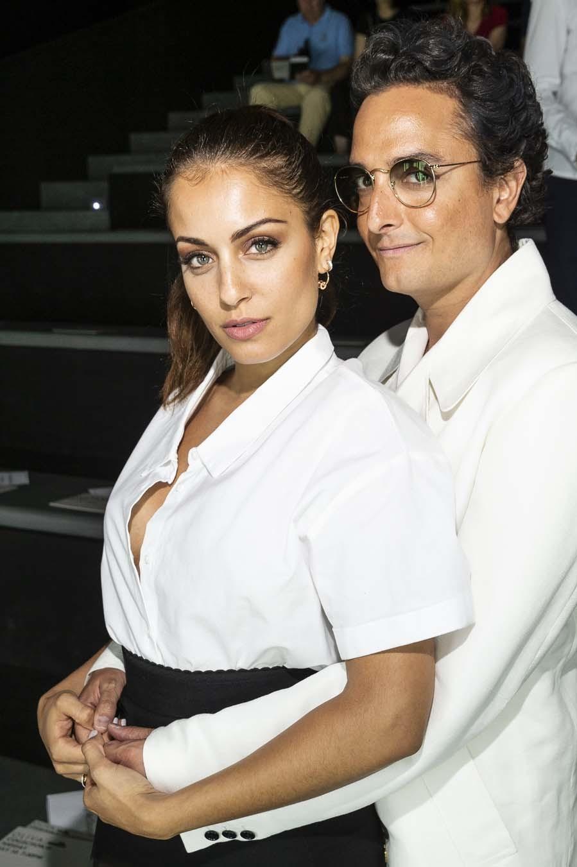 Famosos en la pasarela de Madrid - Hiba Abouk y Josie en el desfile de...