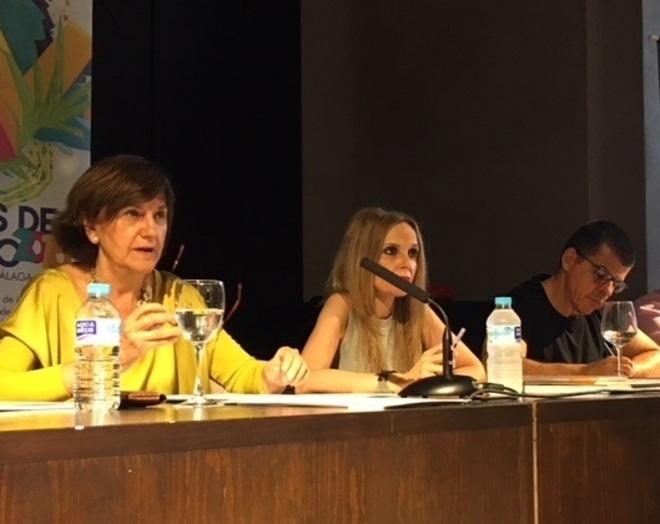 Emelina Fernández en su intervención en los curso de verano de la UMA en Ronda