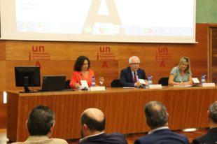 Lina Gálvez dice que los setenta cursos de verano de la UNIA son un reflejo de las inquietudes de la sociedad