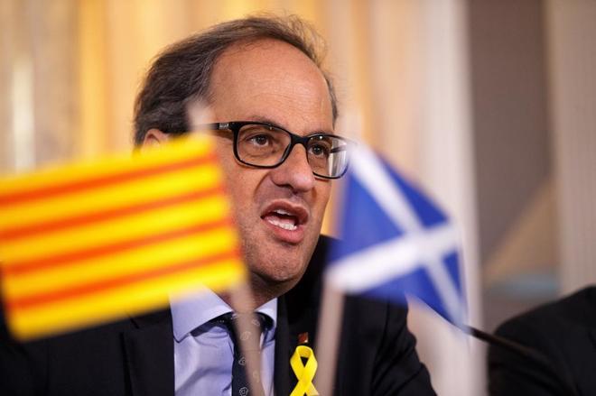 El presidente de la Generalitat, Quim Torra, durante su viaje a...