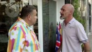Chicote discute con el propietario del Phoenix.