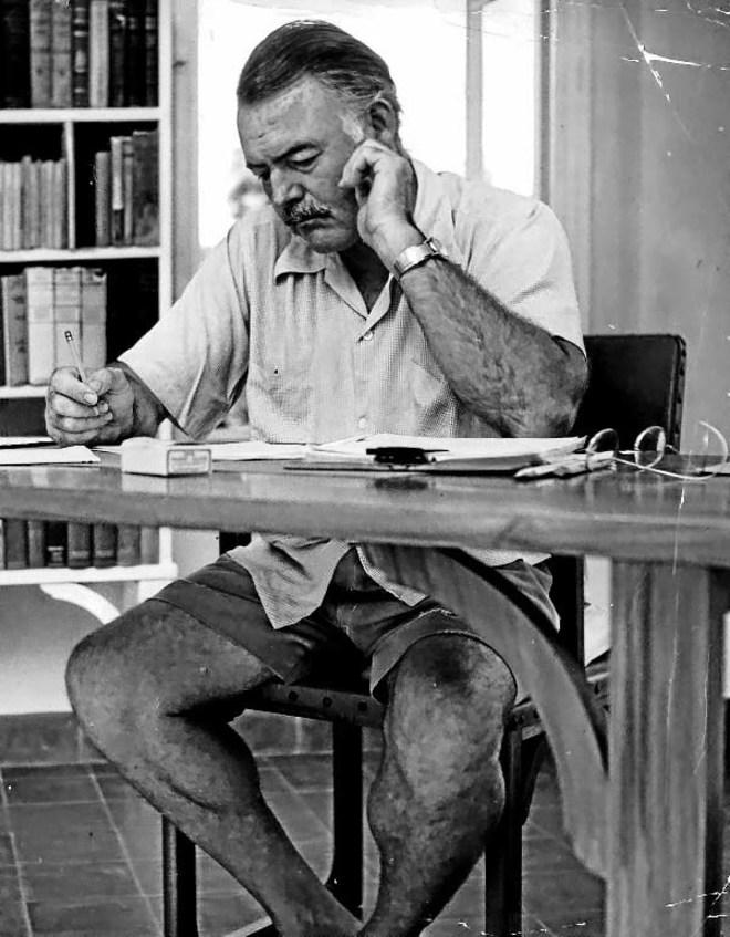 Hemingway y los cimientos del iceberg