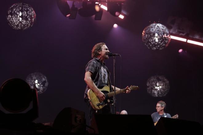Pearl Jam, Javier Bardem y Luis Tosar contra el acoso sexual