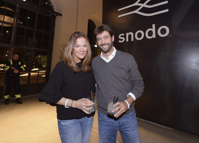 Andrea Agnelli y su pareja la ex modelo Deniz Akalin, en 2017